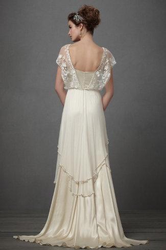 Vestidos de novia con escotes en la espalda