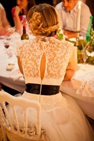 Vestidos de novias con escotes en la espalda