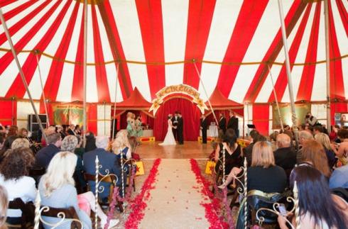 circus-wedding-13