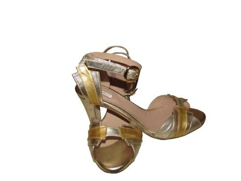 Zapatos de novia a tu medida