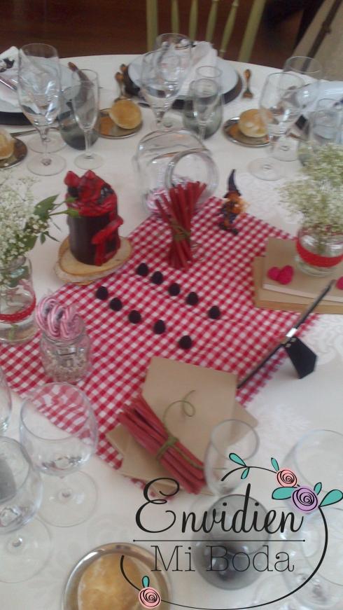 Decoración Boda Hanse & Gretel basada en cuentos por envidienmiboda