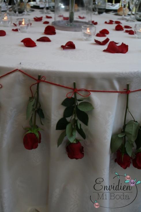 Decoración de bella y bestia boda por envidienmiboda