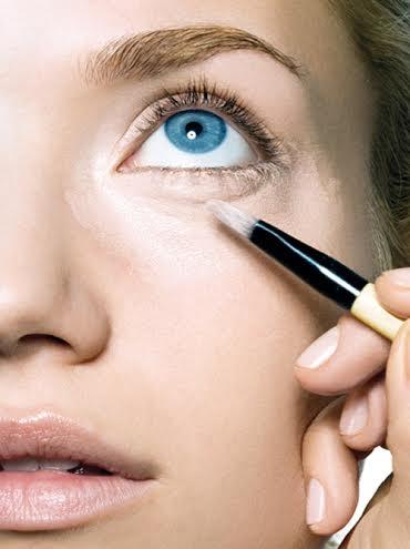 Cómo maquillarse para corregir las ojeras
