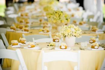 decoración de salones de boda en amarillo