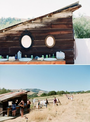 outdoor-wedding-bathrooms