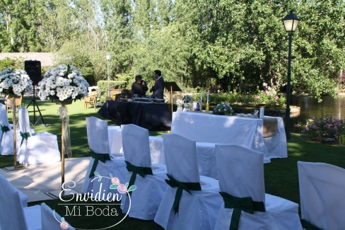 Boda Sandra & Edu decoración de boda altar por wedding planners madrid envidienmiboda