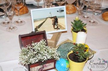Centros de mesa de boda viaje Lorena & Simón por EnvidienMiBoda