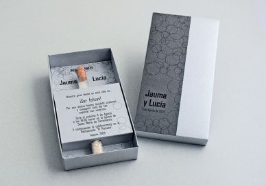 Invitaciones de boda en caja
