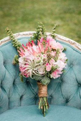 decoraciones románticas para bodas románticas. Guirnalda de flores