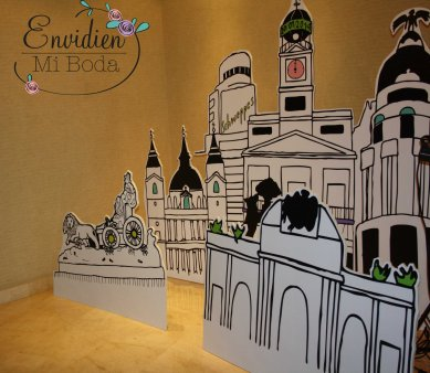 Photocall urbano y madrileño por EnvidienMiBoda