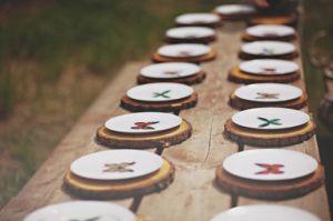 Una-vajilla-perfecta-inspirada-en-el-encanto-de-las-mariposas- decora tu boda con mariposas