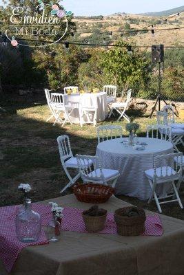 Detalles de la boda rústica en la sierra de madrid de vidina y ángel