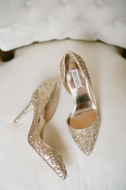 badgley mischka. Zapatos dorados