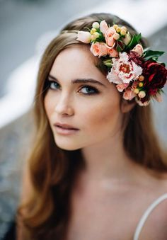 diademas de flores para novias