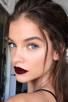 tonos oscuros en los labios