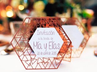 boda-marsala-con-figuras-geometricas-con-una-vanguardista-decoracion-2